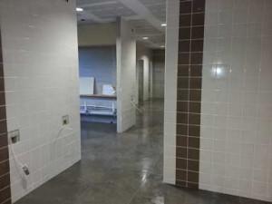 commercial-toilet1